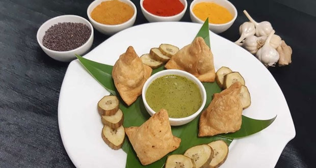 raw banana samosa