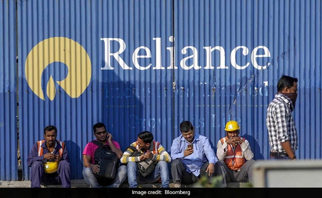 Reliance Gives India Second $100-Billion Firm in Three Months