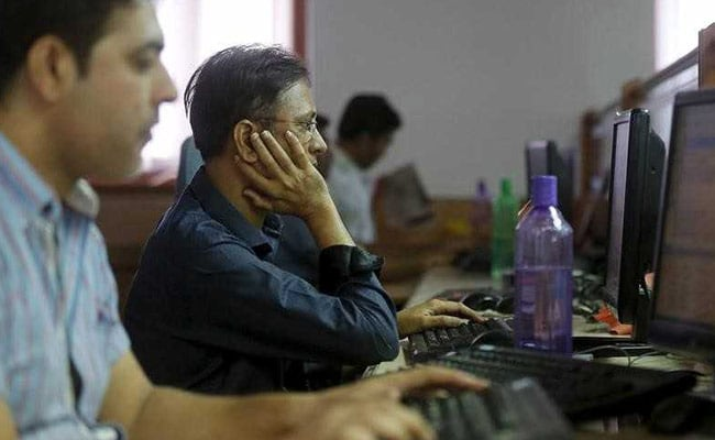 Sensex Closes 294 Points Lower As Markets Extend Losses To Second Day