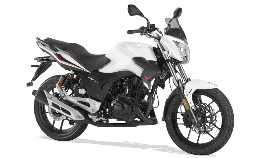 The Rieju Strada 125 is a 125 cc roadster which will be available on sale in Europe