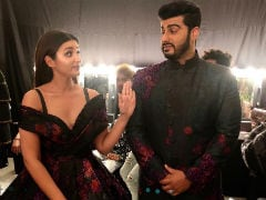 Parineeti Chopra And Arjun Kapoor, Please Get Married, Beg Fans. Their ROFL Responses