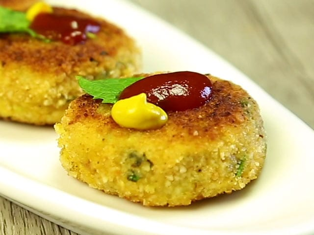 Video : How To Make Chicken Cutlet At Home