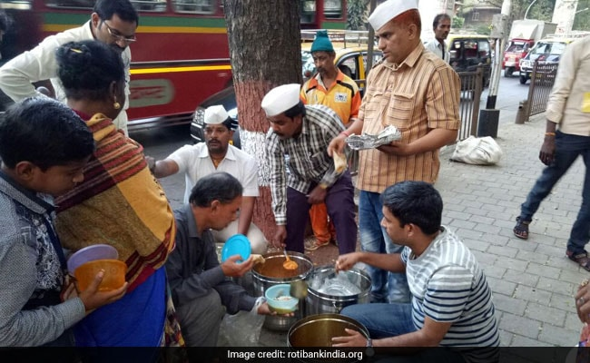 Roti Bank: Ex-Mumbai Top Cop's Initiative To Feed The Needy. How It Works