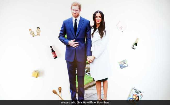 Majestic Sausages, Crown Jewels Condoms: Royal Wedding Fever In UK Shops