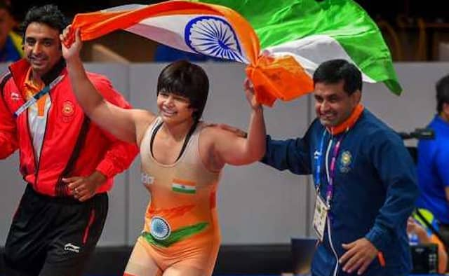 Thats why Asian Games medal winner Divya Kakran lashes out at Delhi Government in presence of Arvind Kejriwal