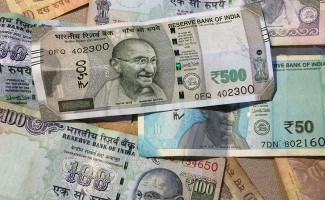 Rupee Edges Higher Against Dollar, But Still Below 72 Mark