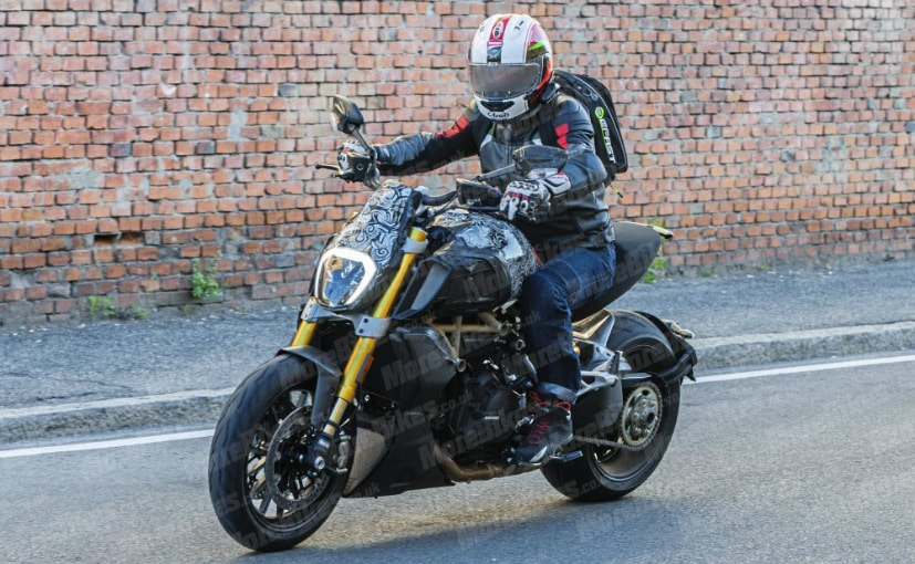 Spy shots of a near production prototype of the 2019 Ducati Diavel have surfaced