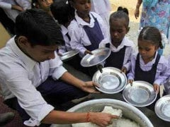 Rajasthan Seeks Central Assistance To Extend Mid-Day Meal Scheme To Girls In Classes 9-12