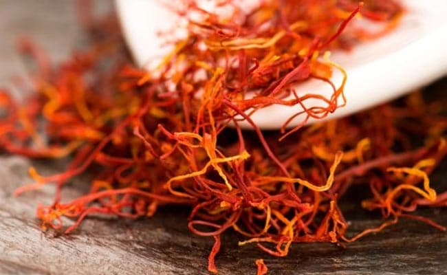 Saffron Oil Benefits Of Saffron Oil For Hair Skin And Health