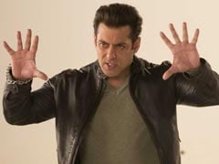 सलमान खान का धमाकेदार तोहफा, 'रेस 3' का 'Selfish' लिखने के बाद गाया 'दस का दम'; देखें वीडियो
