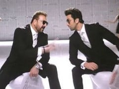 <i>Sanju</i>: This Pic Of Ranbir Kapoor And Sanjay Dutt From Film Is Viral