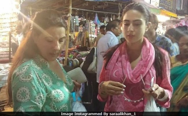 Sara Ali Khan, Filming Simmba In Hyderabad, Goes Shopping With Mom Amrita Singh