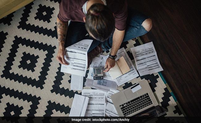 3 Ways Millennials Can Actually Start Saving Money