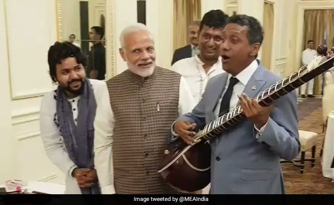 Striking Notes Of Friendship, Seychelles President Sings At Lunch By PM Modi