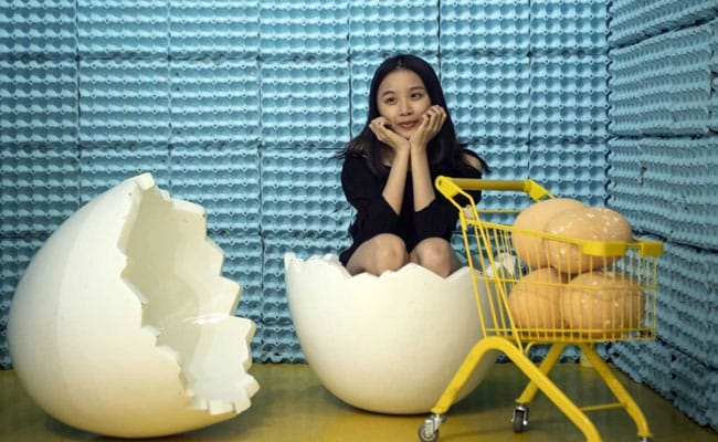 Swing On Frying Pans, Sit Inside Giant Eggs At This Egg-Themed Exhibit