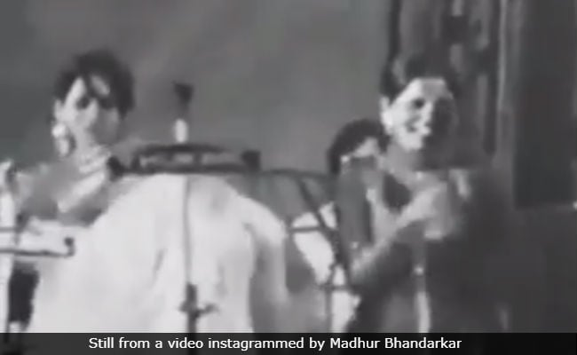 Seen This Rare Video Of Shabana Azmi, Zeenat Aman Dancing At Hare Krishna Hare Ram Song Yet?