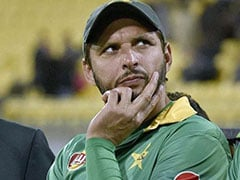 Shahid Afridi Criticised For Keeping Lion Chained At Home