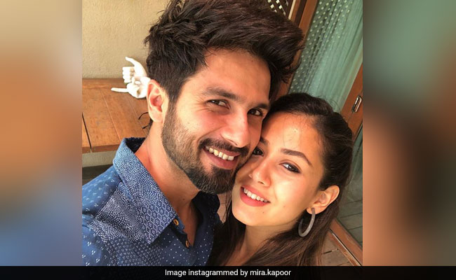 Shahid Kapoor, Mira Rajput's Adorable New Pic Has Instagram All Confused