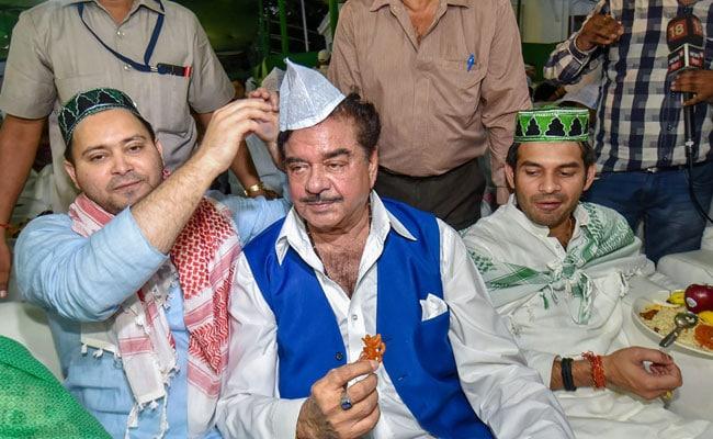 BJP के 'शत्रु' JDU की जगह राजद की इफ्तार पार्टी में पहुंचे, जानिये क्या कहा...