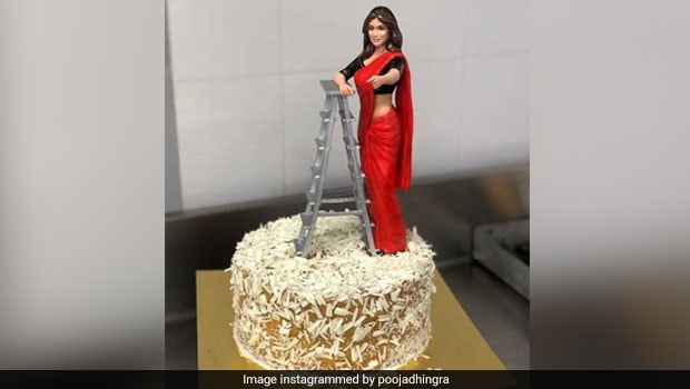 Birthday Cakes:  Shilpa Shetty's Birthday Cake Was
