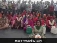 Locals Block Roads As Water Scarcity Continues In Shimla