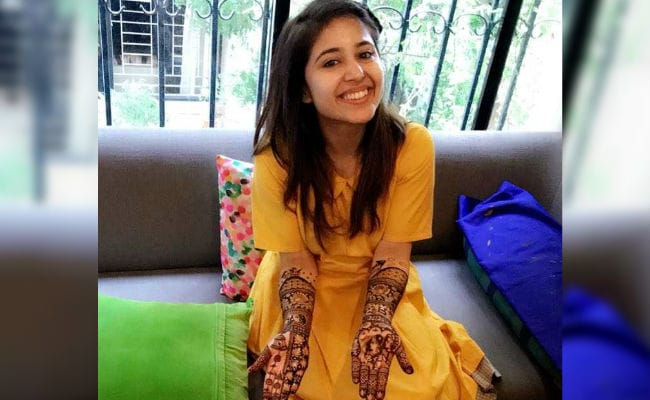 Masaan Actress Shweta Tripathi's Unique Mehendi Has Elements Of Her Love Story