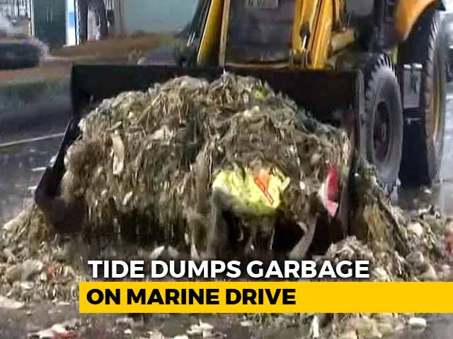 Video : High Tide Spills Garbage Along Marine Drive, 12 Tonnes Removed