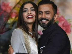 Anand Ahuja Adds 'S' For Sonam Kapoor To Name On Instagram. The Internet Is A-OK With It