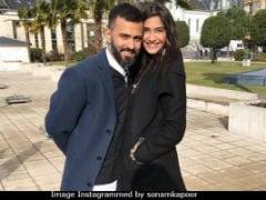 Anand Ahuja Just Revealed How Competitive Sonam Kapoor Is When It Comes To Instagram