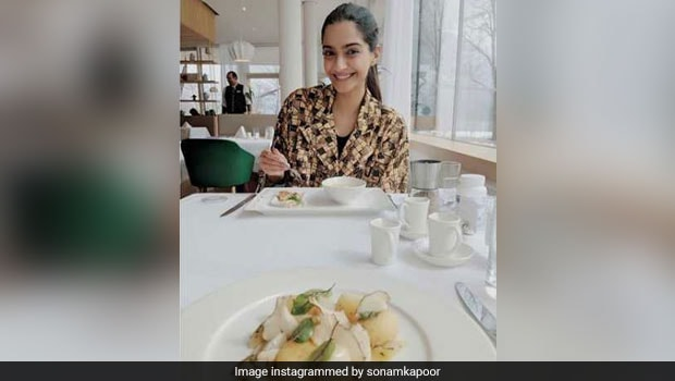 Happy Birthday Sonam Kapoor: Did You Know The Veere Di Wedding Star Is A Foodie?