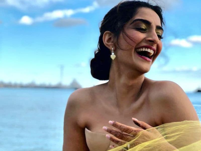 Cannes 2018: Sonam Kapoor's Red Carpet Look Is Perfect For A Summer Ball