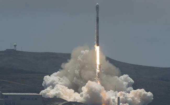 Space-X Blasts Off Sports Car-Sized Satellites To Measure Earth's Water