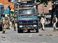 3 Grenade Attacks On Forces After Kashmir Man Crushed During Clashes Dies