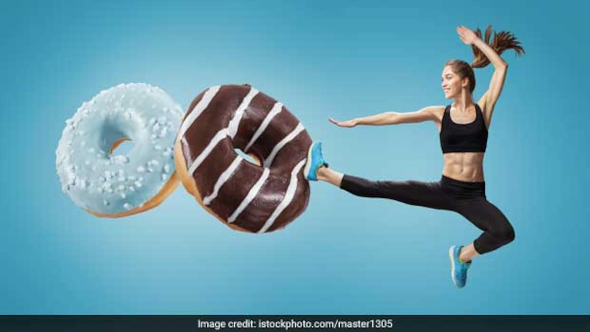 Photo of Nutritionist Rujuta Diwekar Shares Kitchen Secrets To Prevent Sweet Cravings, Bloating, Dehydration And More
