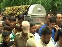 Hundreds At Journalist Shujaat Bukhari's Funeral In Kashmir's Baramulla