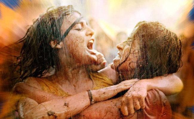 सुनील ग्रोवर 28 सितंबर को फोड़ेंगे 'पटाखा', बड़की और छुटकी भी उनके साथ आएंगी नजर