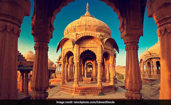 9 Holiday Destinations In Rajasthan That Should Be On Your Checklist