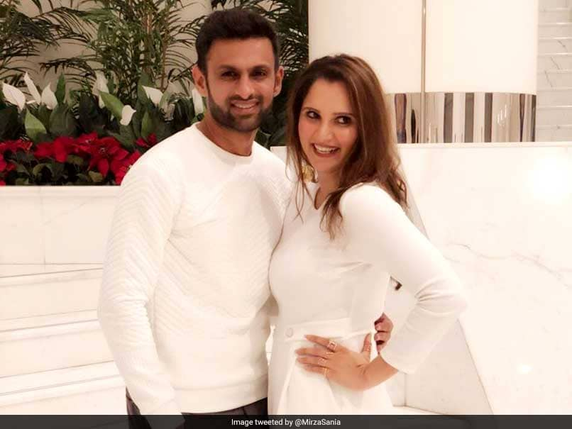 Sania Mirza, Shoaib Malik Set Couple Goals With Their Independence Day Twitter Exchange