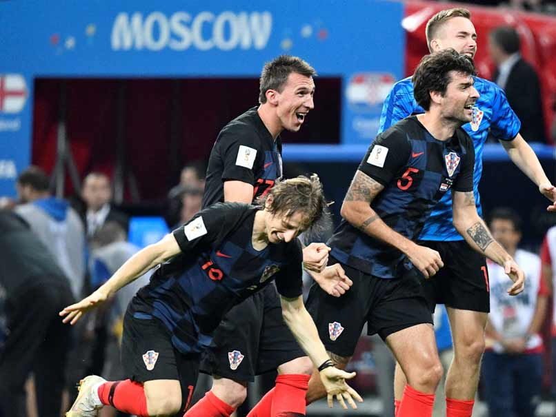 Mandzukic Breaks England Hearts And Fires Croatia Into World Cup Final