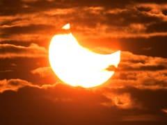 Surya Grahan 2019: साल का पहला Partial Solar Eclipse 6 जनवरी को, सूर्य ग्रहण से जुड़ी खास बातें- देखें Video