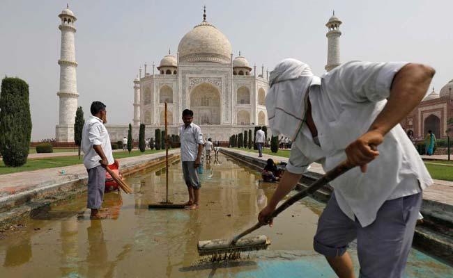 The Battle To Save The Taj Mahal From Turning Green