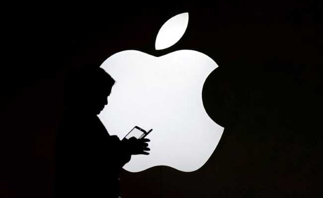 Apple pulls 25,000 apps from China's App Store