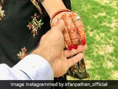 इरफान पठान हुए रोमांटिक, हाथों में हाथ डाल पत्नी से कहा...समेट कर उम्मीदें अपने साथ