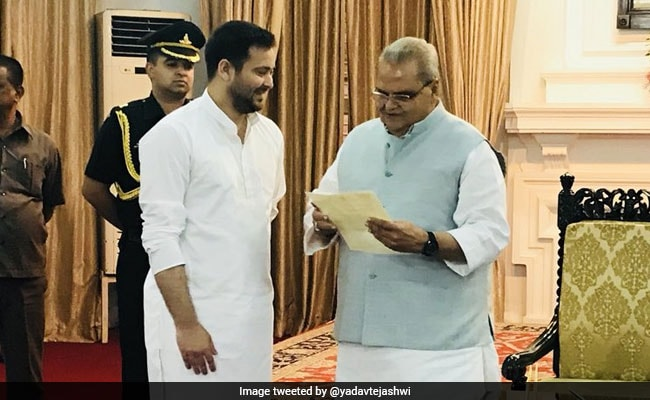 Congress, Tejashwi Yadav 'Stake Claim' In Goa And Bihar, 'Inspired' by Karnataka