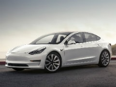 Tesla Starts Selling China-Made Model 3 With Autopilot Function
