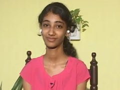 Kerala Teen Who Lost Everything In Floods Plunged Into Relief Work