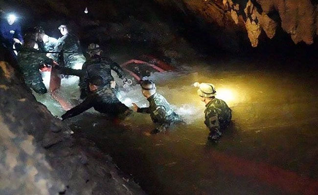Mock Rescue Conducted As Rains Stall Rescue Work For Stranded Thai Boys