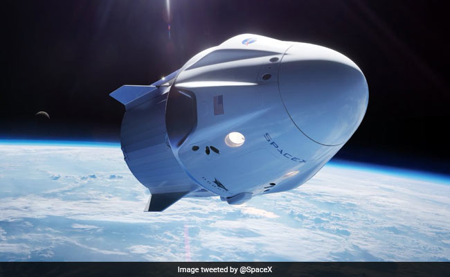 mix of newbies veterans to fly on first private boeing and spacex