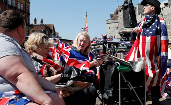 tourists windsor castle royal wedding afp