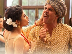 <I>Gold</i> Song <I>Chad Gayi Hai</i>: Akshay Kumar Shows What Happens When Drinks Are On The House